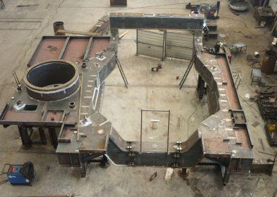 Tilting platform for electrical furnace